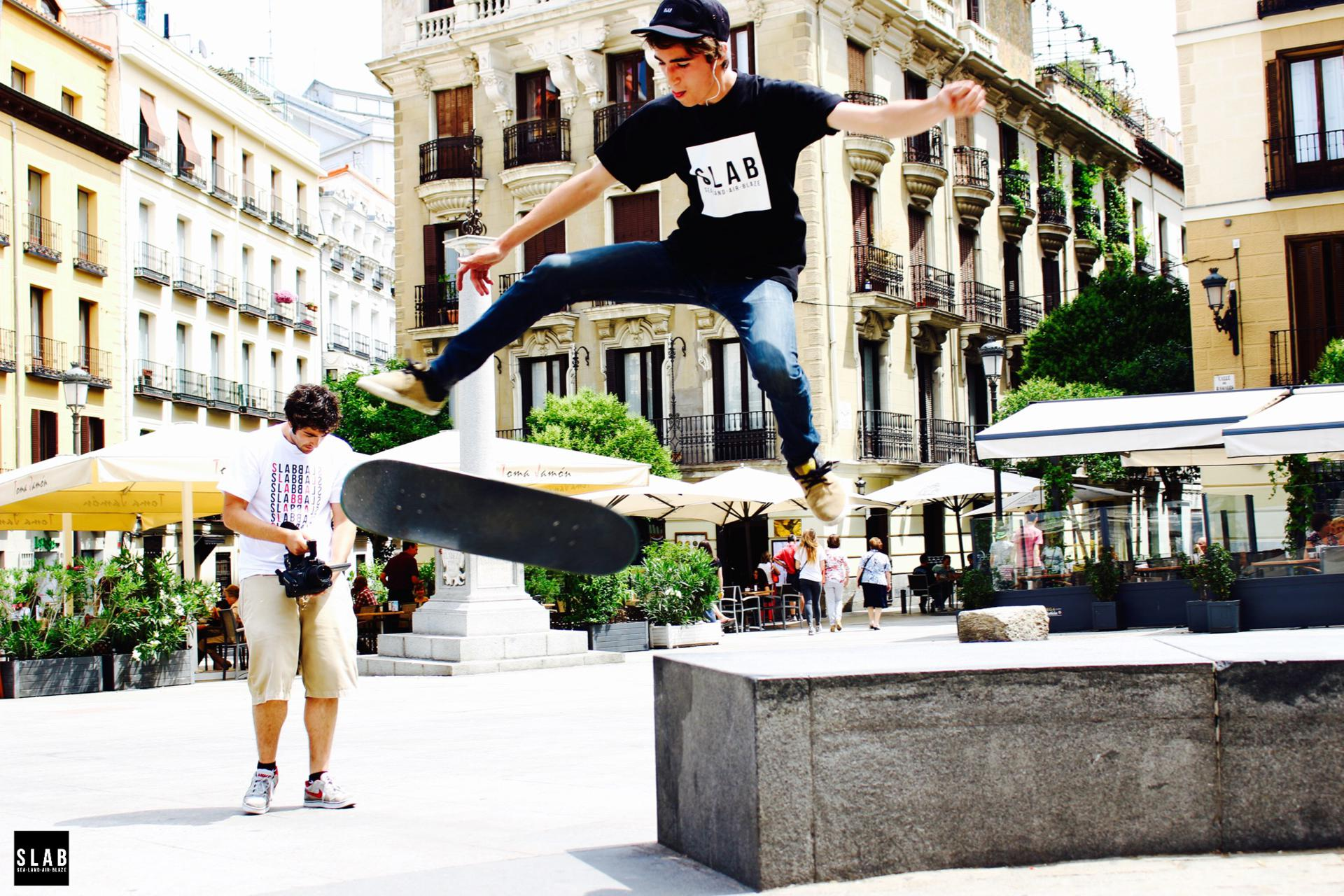SLAB-Skate-Photo-Shoot-Day-2-Alex-Frutos-Madrid-Logo-Simple