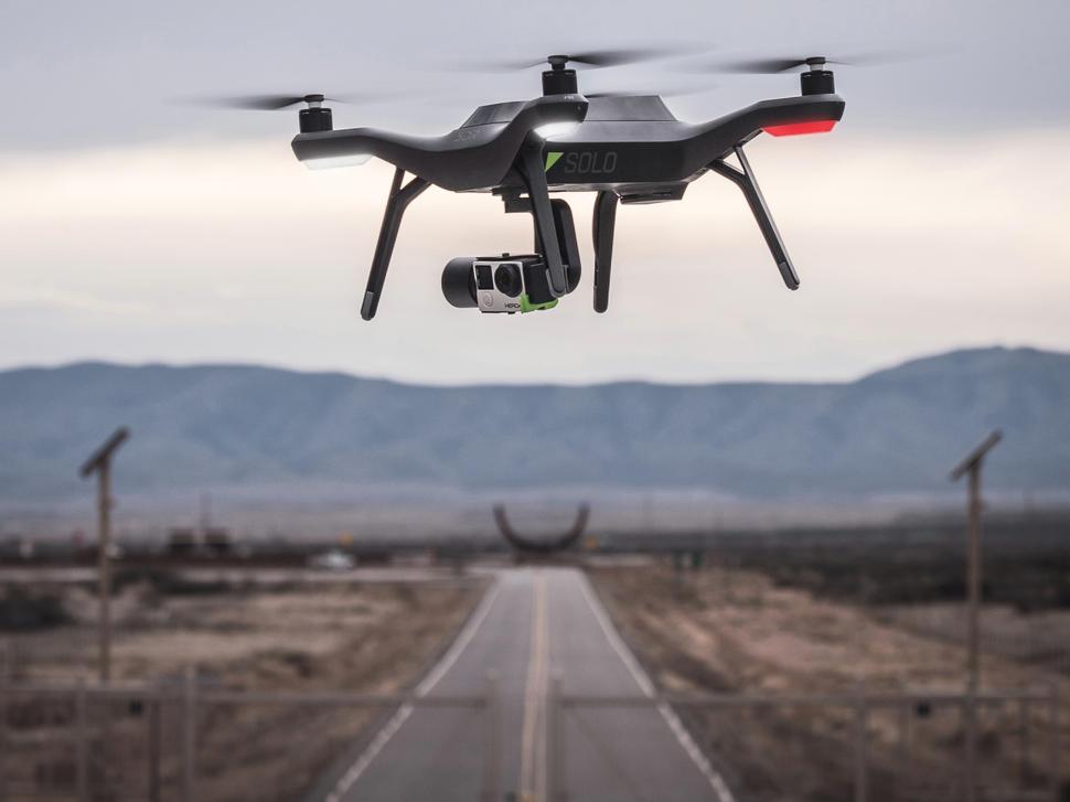 solo-drone-3d-robotics