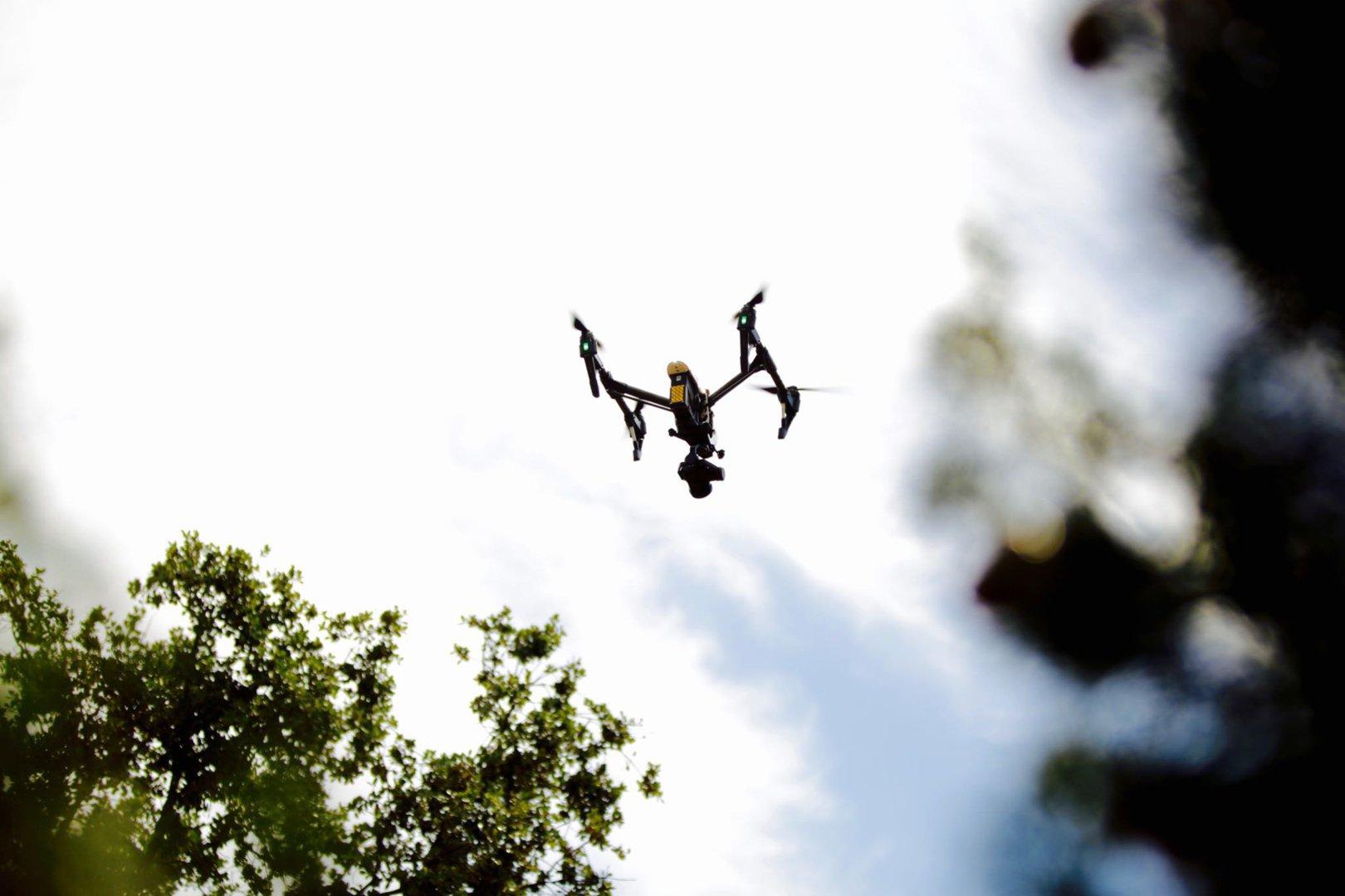 drone-operador-camara-cine-publicidad-tv-inspire-pro-dji
